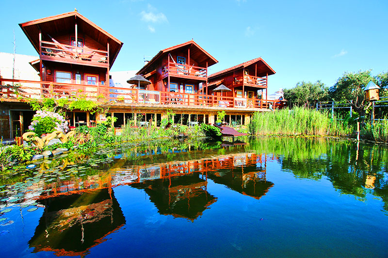Anas Villas by Nature Lodge mit Meerblick