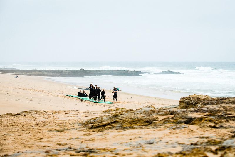 Organic São Julião Surfschule Surfen Surfunterricht Surfkurse Ferien Ericeira Portugal
